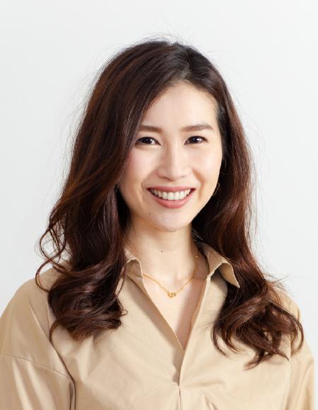 小泉まり代表取締役